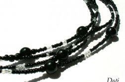 Czarny koralikowy naszyjnik