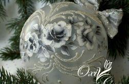 Bombka róża w srebrze