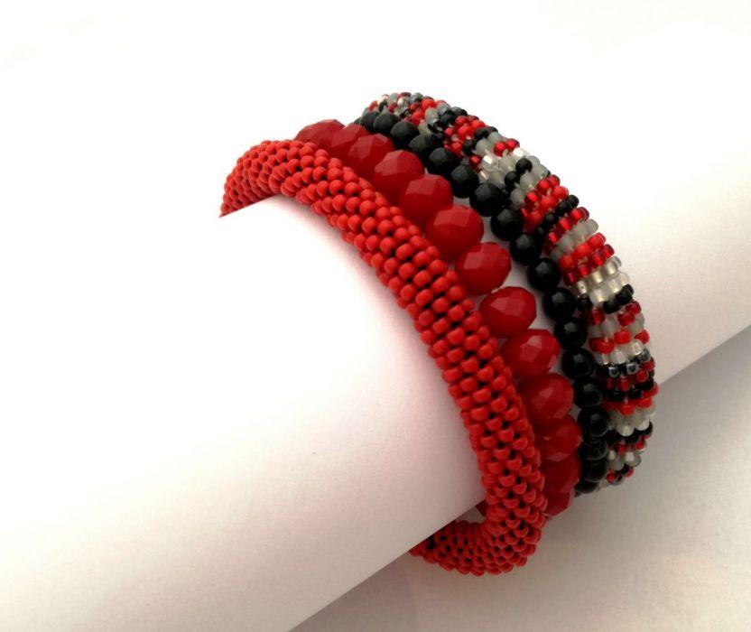 Zestaw czerwono-czarny