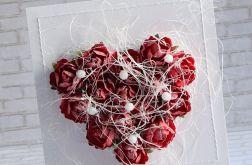 Czerwone róże w perłach - komplet ślubny