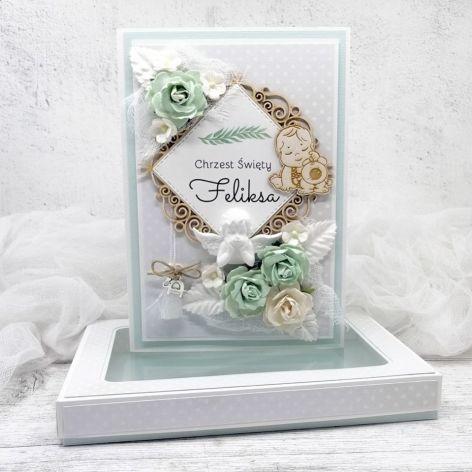 Kartka na Chrzest w pudełku z aniołkiem
