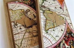 Kartka ślubna dla podróżników z motywem mapy1