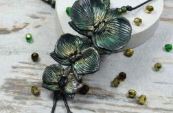 Wisior z kwiatami orchidei - ciemna zieleń