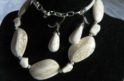 Biały turkus - okazały naszyjnik i kolczyki, zestaw biżuterii