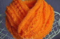 Otulenie w kolorze soczystej pomarańczy