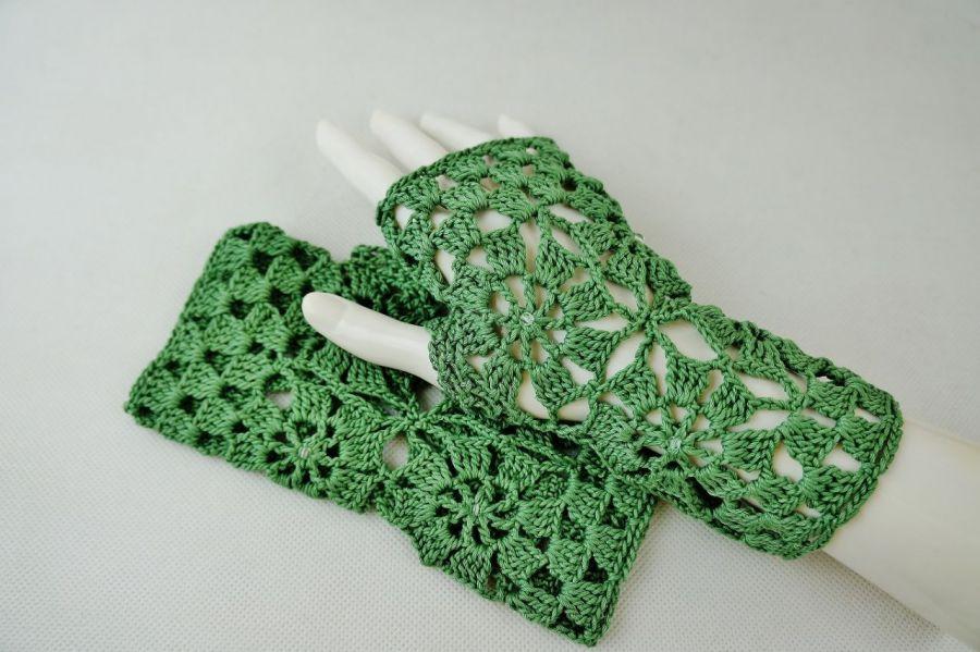 Rękawiczki, mitenki w zieleni - Mitenki szydełkowe
