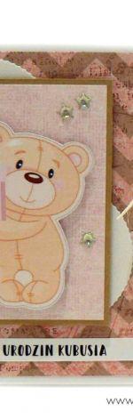 Kartka urodziny dziecka z misiem i prezentem