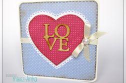 Kartka na ślub z napisem LOVE