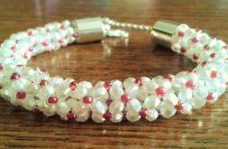 Bransoletka w kolorze perłowym
