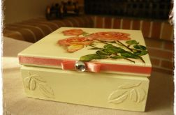 Szkatułka z motywem róży