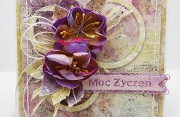 Z nutką fioletu kartka z pudełkiem