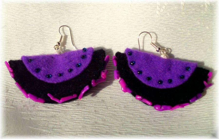 Kolczyki z fioletowym koralem
