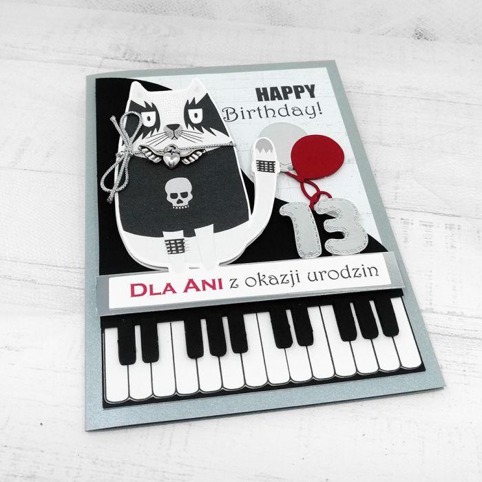 Kartka rockowa z klawiszami i kotem UDP 019 - Kartka rockowa z klawiszami i kotem urodziny czarna (3)