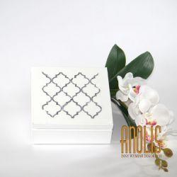 Biała Szkatułka z nadrukiem