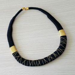 Czarno-złota kolia