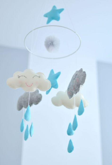 Karuzela do łóżeczka z chmurka dla niemowlaka