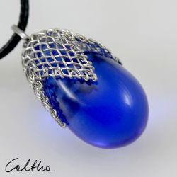 Błękitny w siateczce - wisior średni