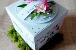 Box komunijny z liliami