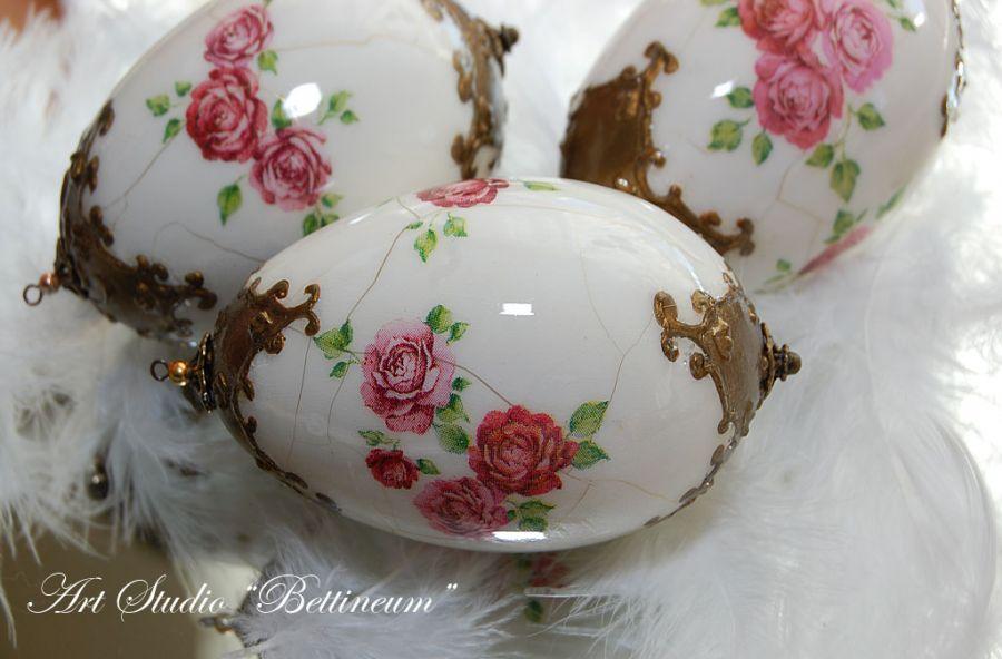 """Pisanka """"Porcelanowa róża"""""""