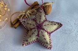 Dekoracja świąteczna z filcu z ozdobnym haftem - wzór 003