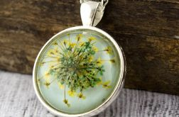 Medalion z prawdziwym kwiatem zielony