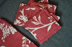 6 podkładek pod kubki Kwiaty na bordowym