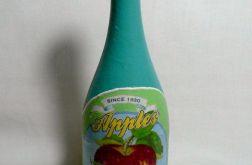 Butelka z owocową etykietą