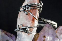 Srebrny pierścionek z kwarcem truskawkowym