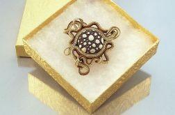 Broszka złota ośmiorniczka