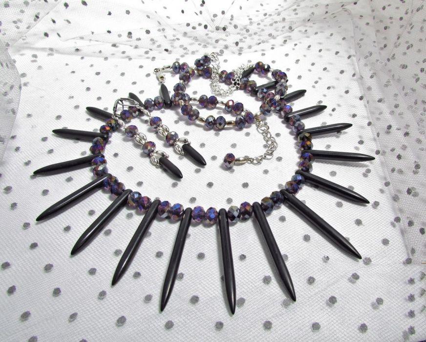 Kolczyki z sopelkami howlitu i kryształkami