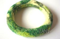 Bransoletka w odcieniach zieleni