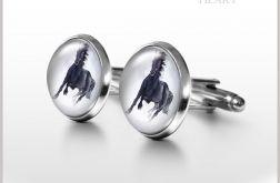 Czarny koń - spinki do mankietów