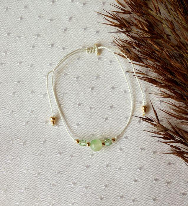 Bransoletka sznurkowa z kamieniem jadeitem - Bransoletka z kamieniem na sznureczku