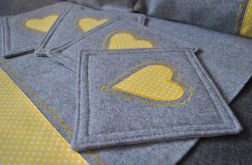 4 podkładki pod kubki - żółte serce