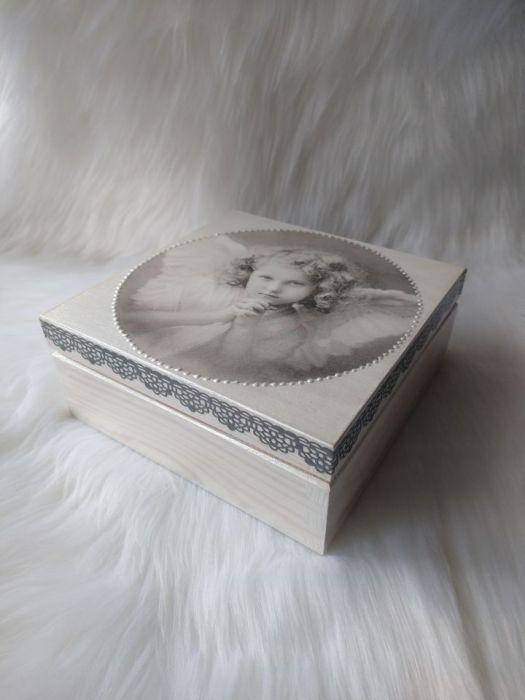 uniwersalna szkatułka z aniołkiem retro