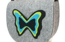 Torebka z filcu motylem