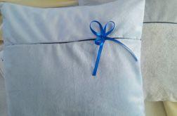 Błękitna poduszka glamour