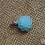 Zawieszka z kwiatem - błękitna