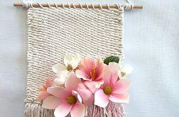 Makatka z kwiatami magnolie rośliny boho