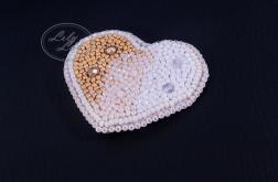 Broszka/wisior wyszywany z koralików