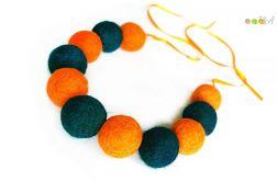 Korale z filcu pomarańczowo morskie