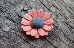 Momilio spineczka kwiatuszek 011
