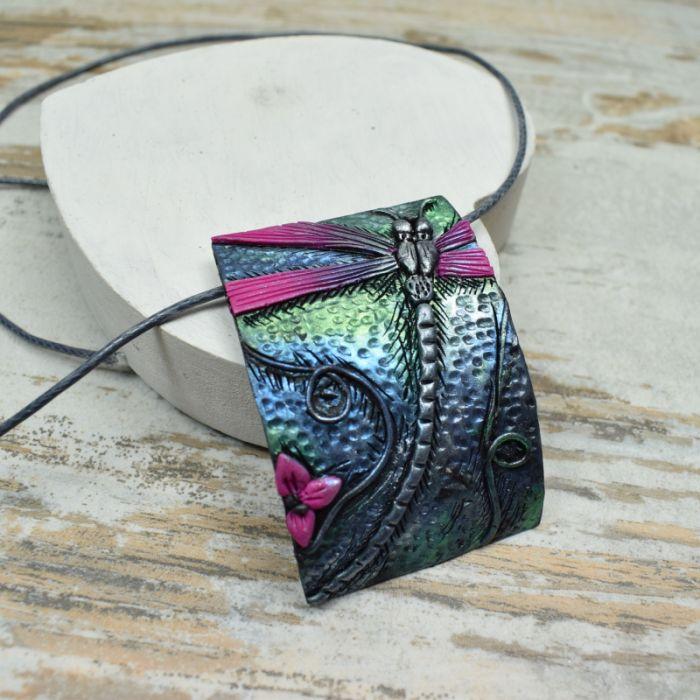 Biżuteria z ważką-kolczyk wkrętki i zawieszka