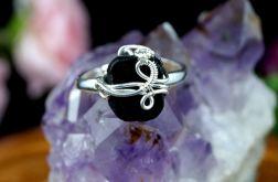 Turmalin Srebrny pierścionek z turmalinem