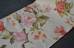 Bieżnik na stół 40 x 137 cm - różowe magnolie na kremie
