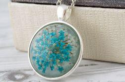 Medalion z prawdziwym kwiatem błękitny