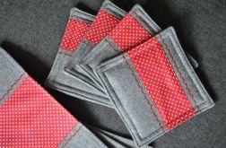 4 podkładki pod kubki -filc/czerwony dekor