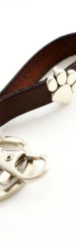 Brelok skórzany brązowy łapka