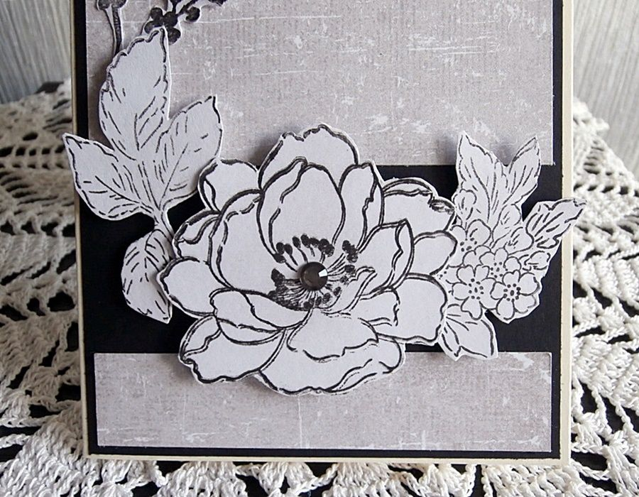 Kartka monochromatyczna - Kwiat ręcznie wycinany