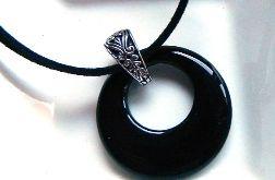 Czarny agat, antystresowy kamień, wisiorek